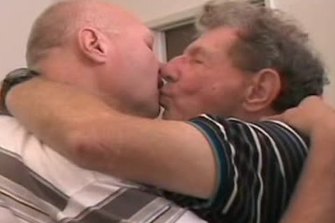 Two old men getting off