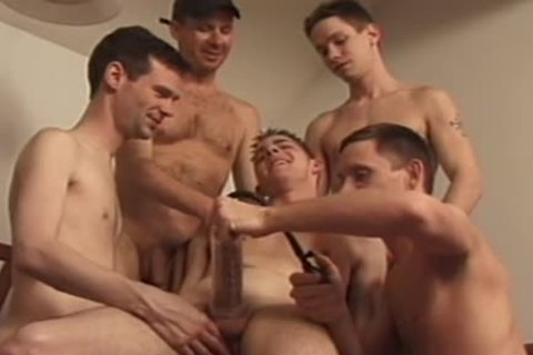 homosexual pumparty and self-sucking experience