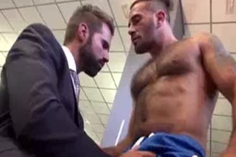 pretty man Joins A Gym And acquires fucked