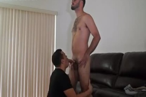 dude receives Serviced