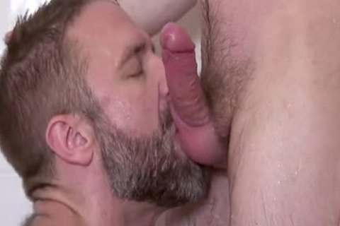 Dirk Caber, Scott Hunter