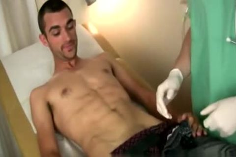 dudes Getting A Physical By A Doctor gay Xxx