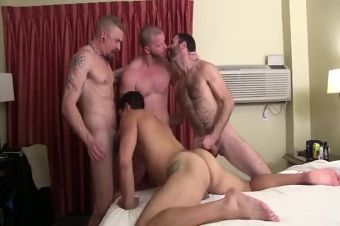 Sweaty Pigs unprotected Breeding Party