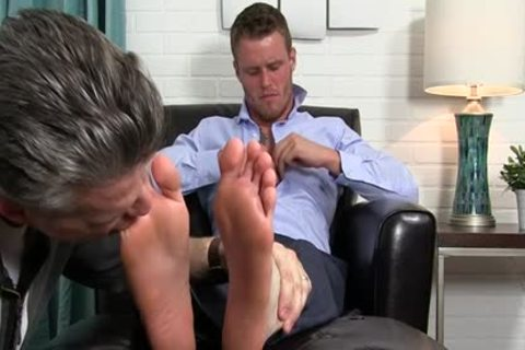 Muscle homosexual Foot With ejaculation