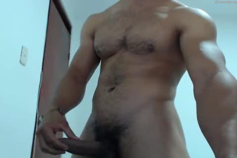 muscular Latino shoots A monstrous Load To His stunning Abs