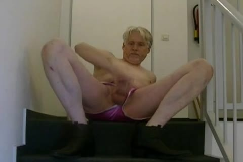 TPV - Pornmodel Tom Had A Very horny Masturbation Session