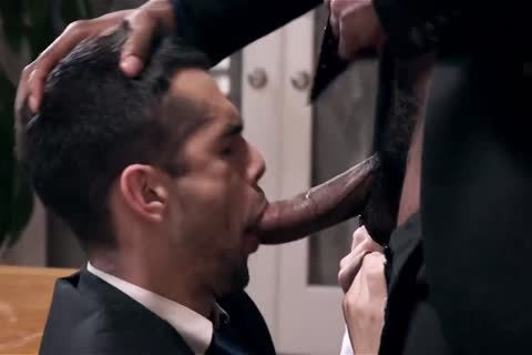 Giving Your darksome Boss A oral stimulation job And Getting Barebacked