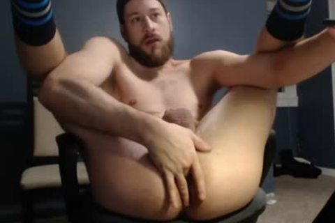 Hunk Takes monstrous fake penis On cam
