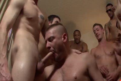 Bear acquires His ass Shared bareback Style