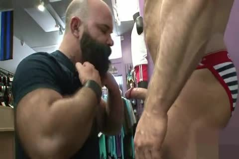 Muscled old butthole Nailed doggystyle