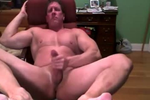 Hank Jerks Off And Cums On cam