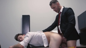 butthole Controller - Paul Canon with Kit Cohen Muscle Sex