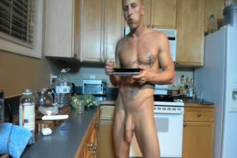 Hung built chap Showing Off In The Kitchen