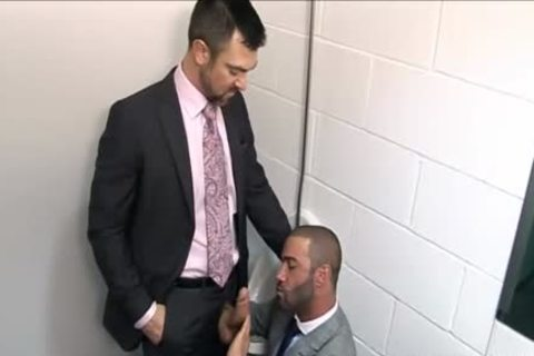 Dillon Buck fucks Junior Stellano At Work