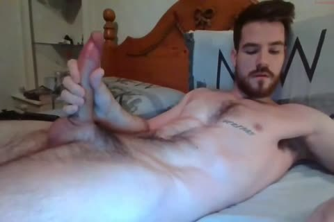 chap With large pecker Solo By webcam