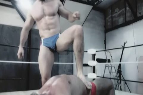 Wrestlemale 24 Paris rough house War animal VS Butch