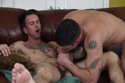 Derek Feeds his sperm To Brett