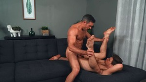 Conjuring 10-Pounder - Alex Mecum and Michael DelRay American Hump