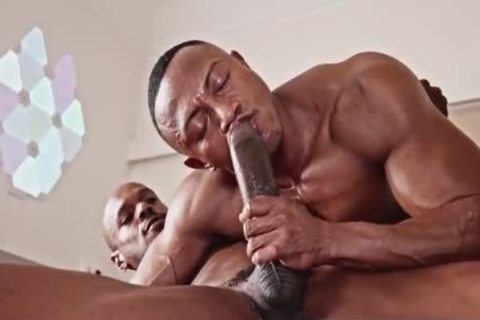 Two Blacks Have A Great poke With Creampie