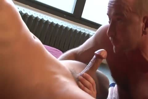 Brenden Cage With Max Sinclair A36P P5
