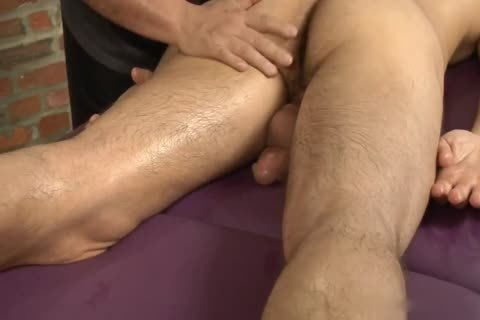 Leo Giamani Massaged L