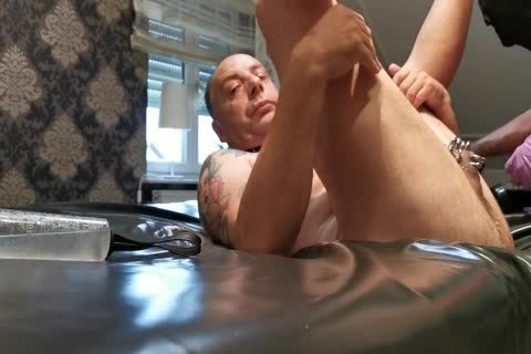 Real German amateur - Mein master Fistet Mich