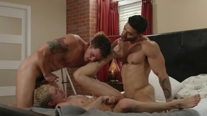 IconMale.com: Tattooed Taylor Reign threesome in the bed