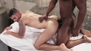 Noir Male: Jackson Reed plowed by huge cock DeAngelo Jackson