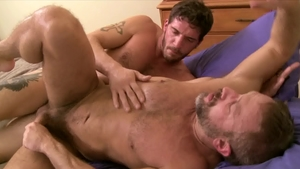 IconMale: DILF Ty Roderick impressed by huge cock daddy