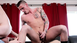 Next Door Raw: Muscle big penis Lance Ford throat fuck