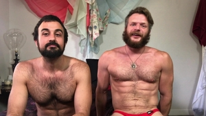 MenOver30 - Brunette Brian Bonds enjoying Mason Lear