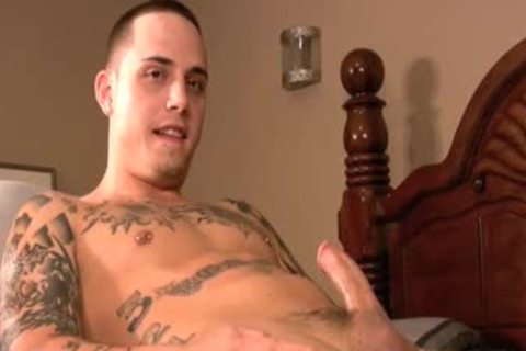 Ink Laid Back Tattooed Sk8ter acquires His First gay oral