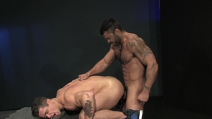 Raging Stallion - Big penis Rogan Richards rimming