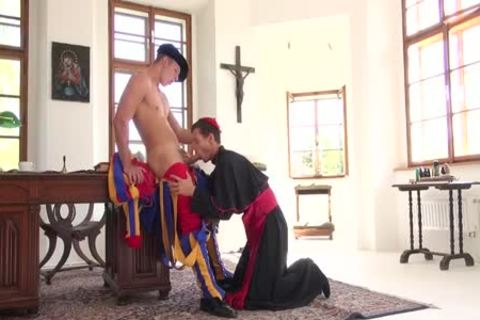Scandal In The Vatican two, Scene 4