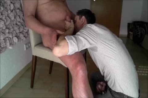 An old chap gets A yummy blow job And I gulp